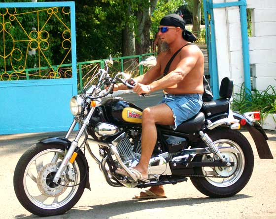 а вот и я на мотоцикле - моя китайская Virago