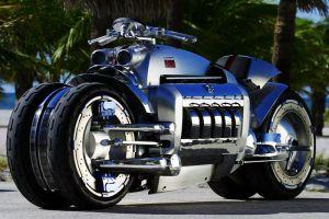 Мотоцикл-монстр